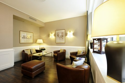 Kastens Hotel Luisenhof - Bar Lounge at Kastens Hotel Luisenhof Hanover