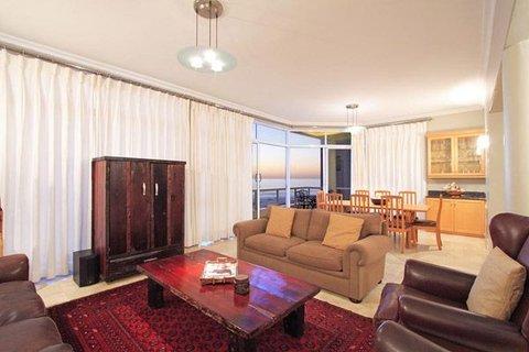 Bantry Beach Luxury Suites - Penthouse Suite