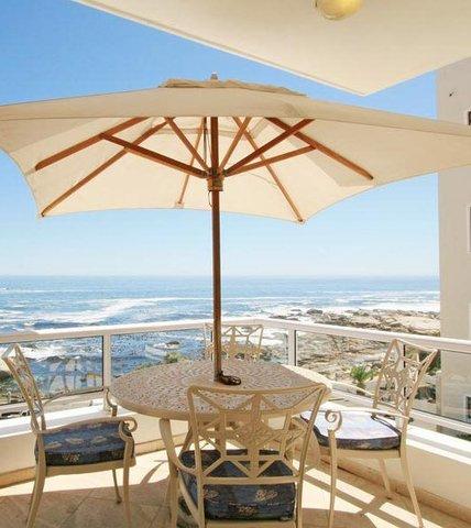 Bantry Beach Luxury Suites - 3 Bedroom Suite