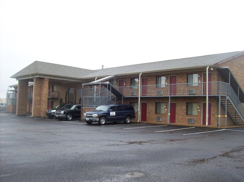 Savannah Lodge - Savannah, TN