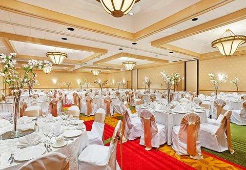 Chattanooga Marriott Downtown - Plaza Ballroom  Wedding Set Up