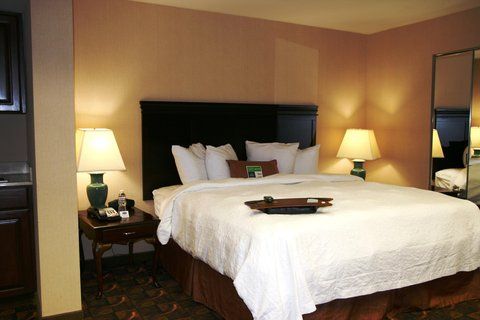 Hampton Inn Waco - Hospitality Suite