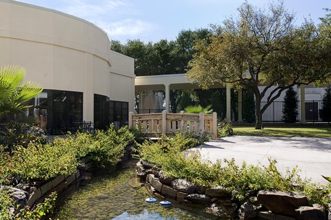 Hilton Waco - Bridge   Brook Reception Area