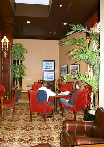 Hampton Inn - Suites Albany-Downtown - Lobby