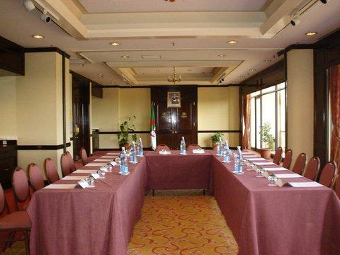 Hilton Alger - Meeting Room