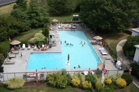 DoubleTree by Hilton Hotel Annapolis - Outdoor Pool