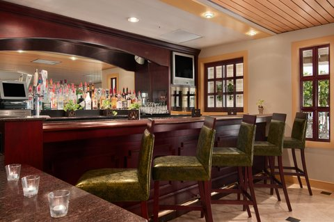 DoubleTree Suites by Hilton Naples - Cafe Portofino Bar