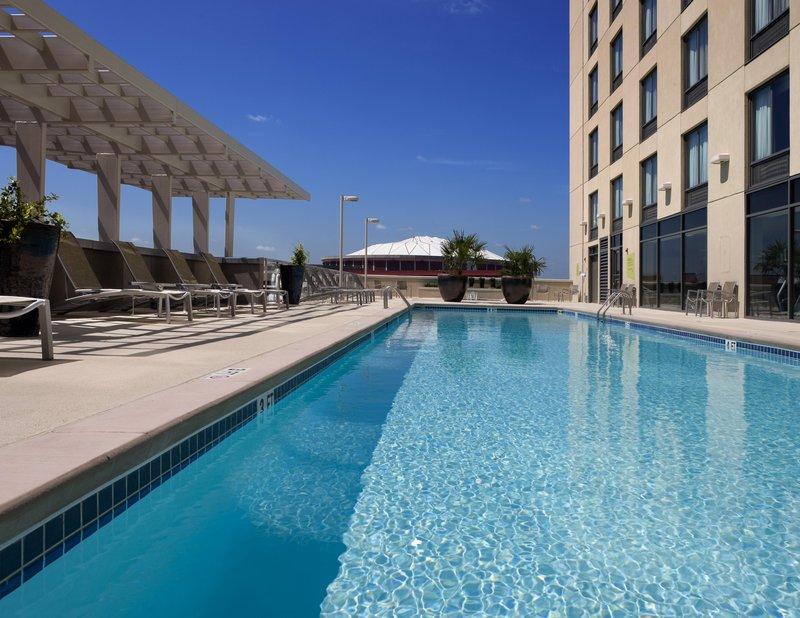 Hilton Garden Inn Atlanta Downtown View of pool
