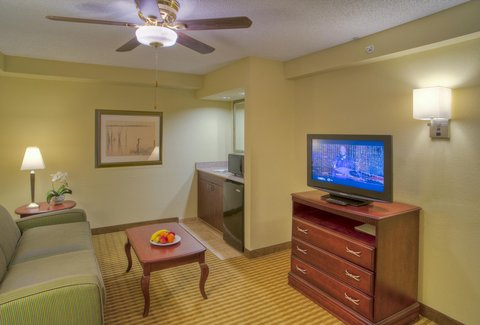 Hampton Inn Boca Raton - King Suite Parlor
