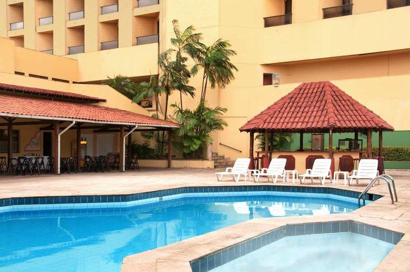Hilton Belem Piscine