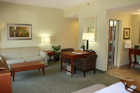 Hampton Inn - Suites Birmingham Airport Area AL - King Studio Suite