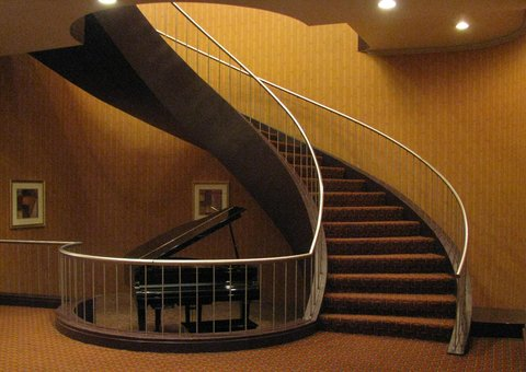 DoubleTree by Hilton Birmingham - Doubletree Staircase