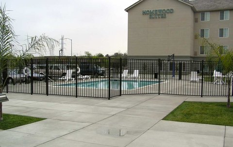 Homewood Suites by Hilton Bakersfield - Pool