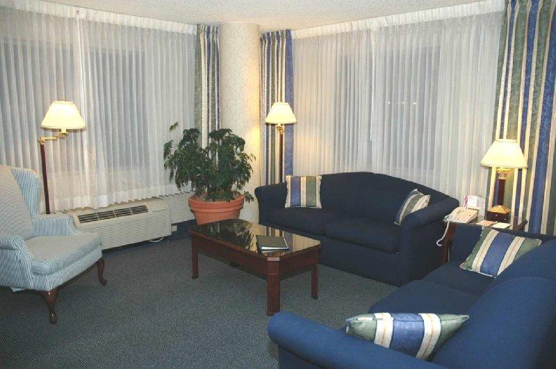 Doubletree Club Boise - Boise, ID