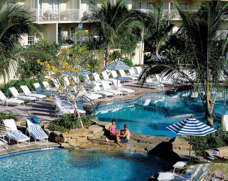 laplaya beach golf resort naples fl. Black Bedroom Furniture Sets. Home Design Ideas