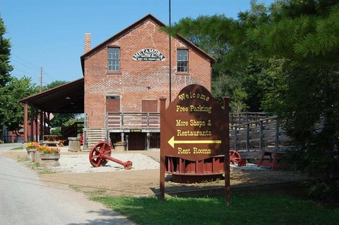 Hampton Inn Batesville IN - Metamora Gristmill