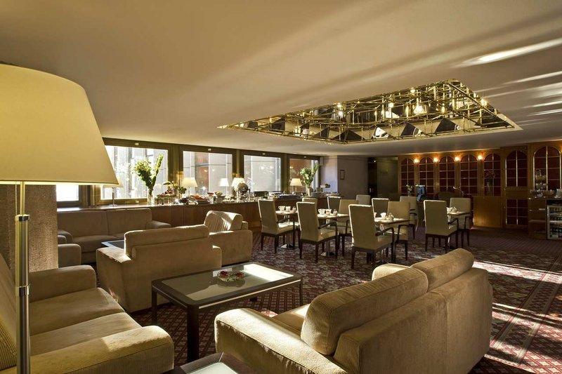 Hilton Budapest Bar/salónek