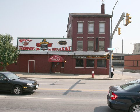 DoubleTree Club by Hilton Buffalo Downtown - The Anchor Bar