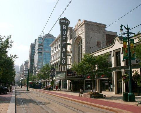 DoubleTree Club by Hilton Buffalo Downtown - Shea s Theater