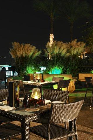 Conrad Cairo - Jayda Lounge   Bar