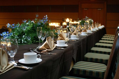 DoubleTree by Hilton Chicago - Arlington Heights - Wedding Head Table
