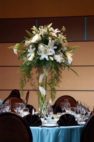 DoubleTree by Hilton Chicago - Arlington Heights - Floral Display