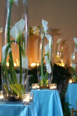 DoubleTree by Hilton Chicago - Arlington Heights - Ceremony Flowers