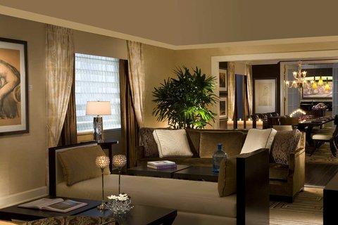 ذا بالمر هاوس هيلتون - Penthouse Living Room