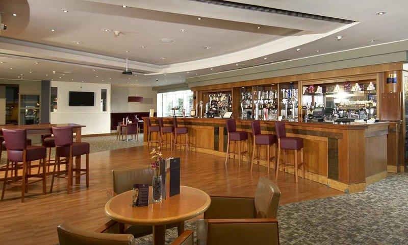 Hilton Croydon Restaurang