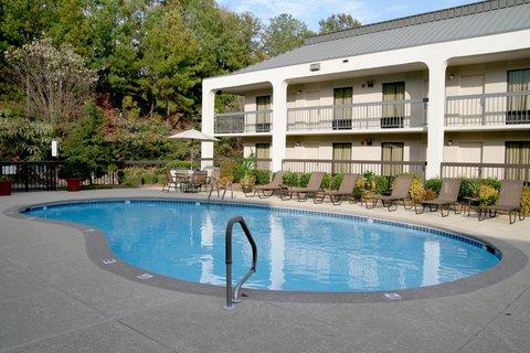 Hampton Inn Columbus - Outdoor Pool