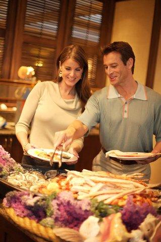 Hilton Daytona BeachResort-Ocean Walk Village - Doc Bales  Grill Buffet
