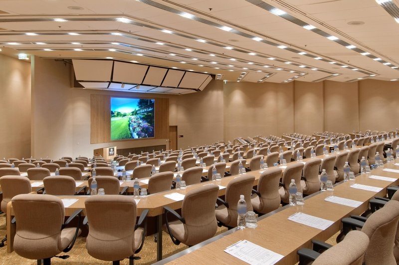 Hilton DFW Lakes Executive Conference Center - Grapevine, TX