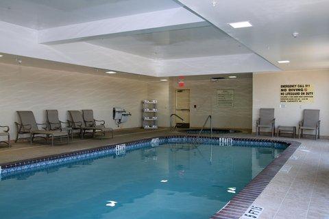 Hampton Inn - Suites El Paso West - Pool and Whirlpool