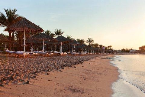 فندق هلتون شيخ فيروز - Beach