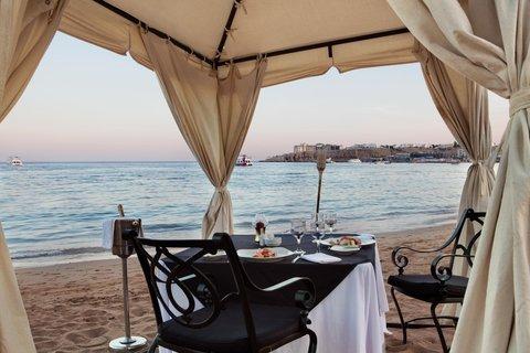 فندق هلتون شيخ فيروز - Romantic Dinner