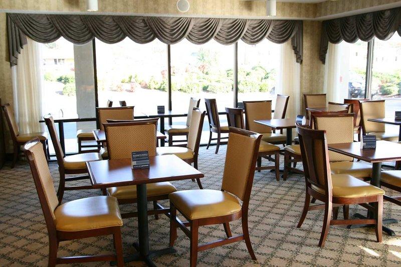 Baymont Inn & Suites-Griffin - Griffin, GA