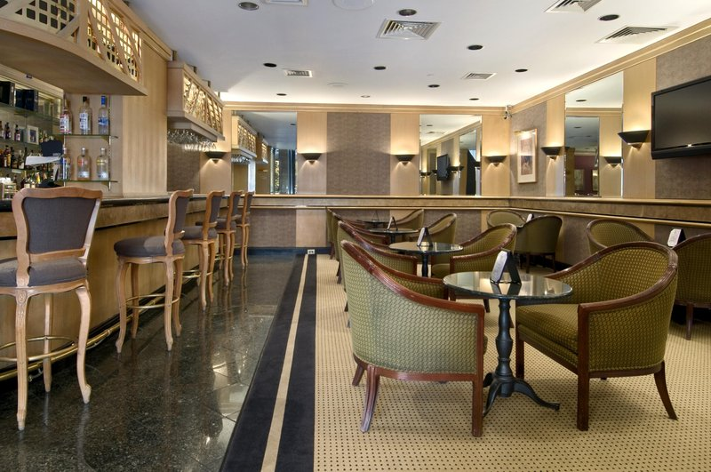 Hilton Houston Plaza/Medical Center Bar/lounge