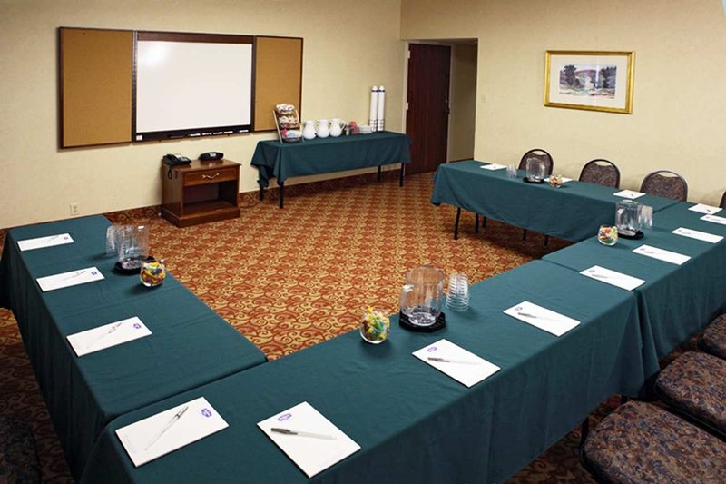 Hampton Inn Philadelphia/MT. Laurel 会议厅
