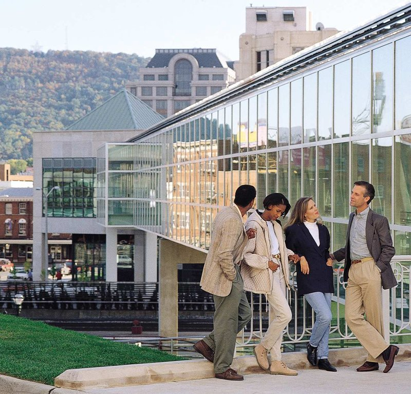 The Hotel Roanoke & Conference Center, Curio Collection by Hilton - Roanoke, VA