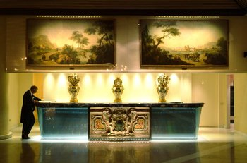 Rome Cavalieri, Waldorf Astoria Hotels - Lobby