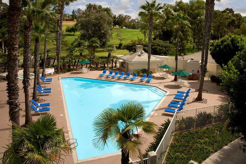 Doubletree Golf Resort San Diego Zwembadaanzicht