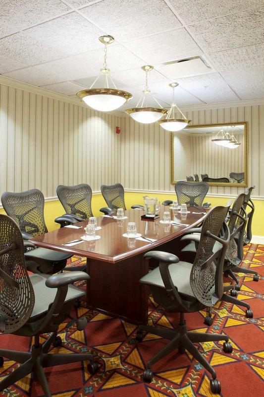 Doubletree Hotel Historic Savannah Meeting room