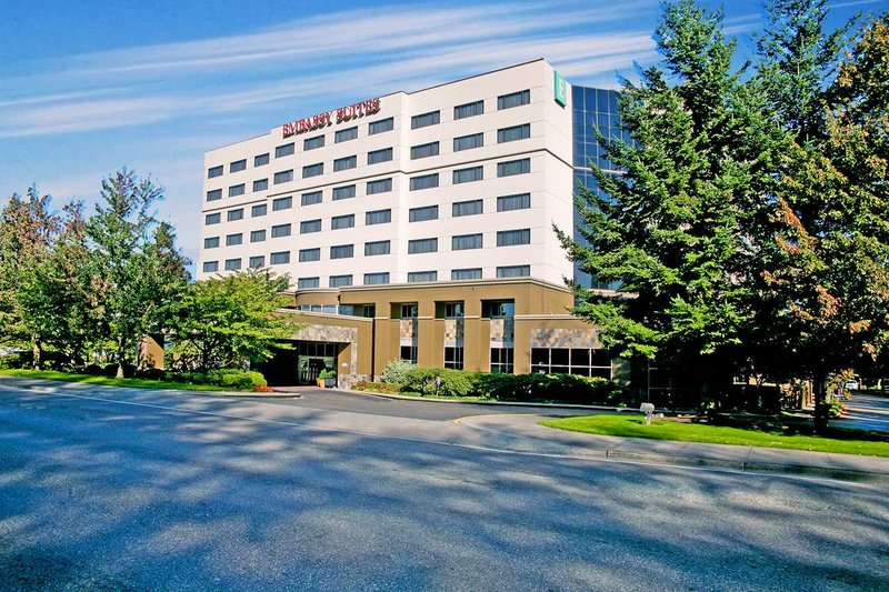 Embassy Suites Seattle - Tacoma International Airport Buitenaanzicht