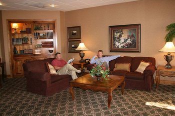 Hampton Inn & Suites - Lobby
