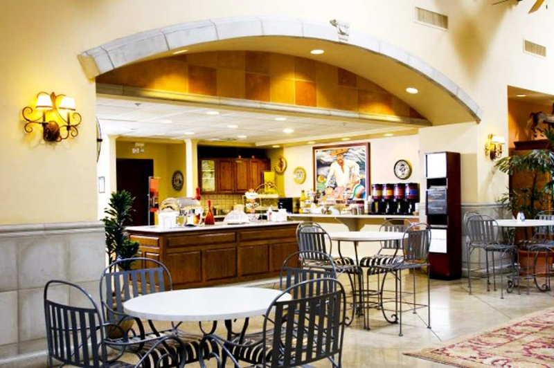 Hampton Inn & Suites Tucson Mall Gastronomie