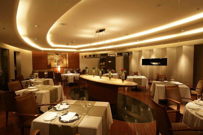 Hilton Tokyo Gastronomi