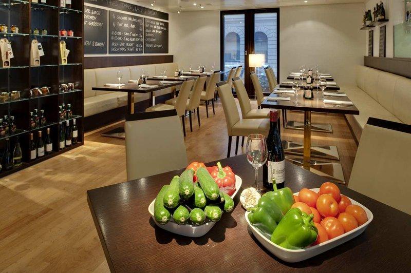 Hilton Vienna Plaza Gastronomia