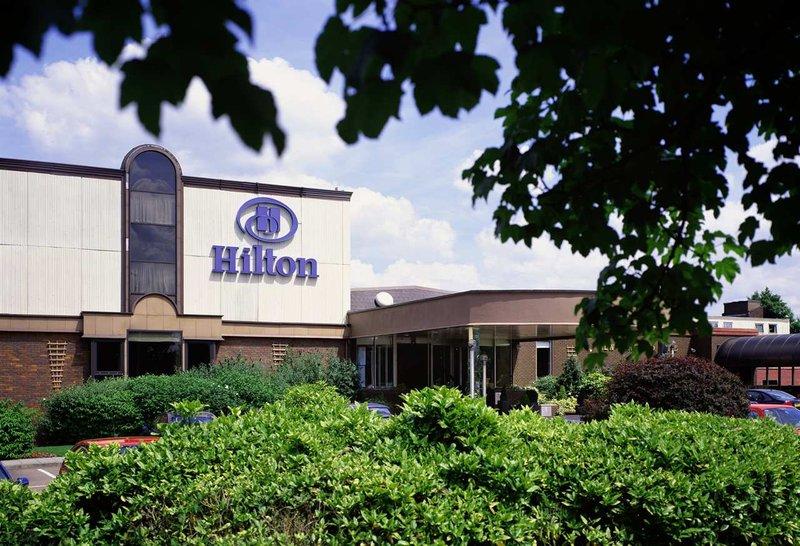 Hilton Watford Pohled zvenku