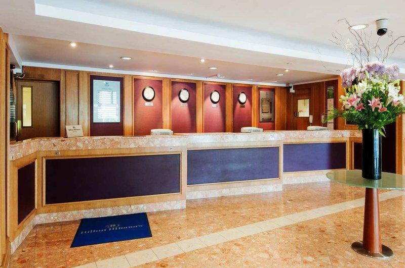 Hilton Watford Hala