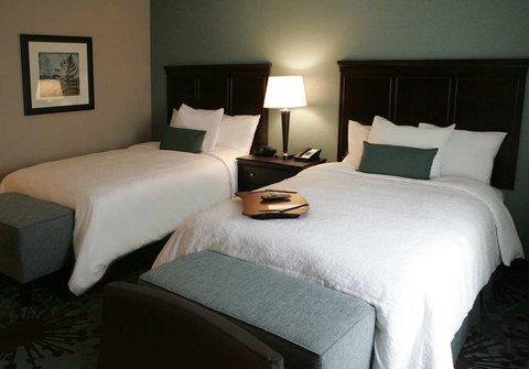 Hampton Inn by Hilton Toronto Airport Corporate Centre - 2 Queen Beds Nonsmoking